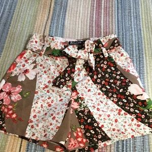 New York & Company Patchwork shorts- NWOT